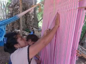 Decidió formar  el grupo Are Wajira, son 17 mujeres que lo conforman entre los municipios de Barrancas y Hatonuevos