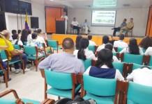 Con poca afluencia de público se realizó en Riohacha, un conversatorio sobre la Laguna Salada.