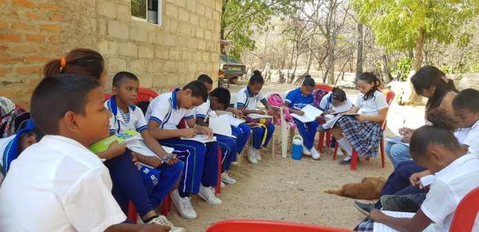 Los estudiantes que siguen las huellas de los escritores guajiros.