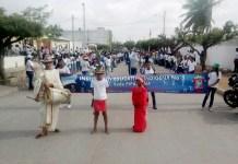 Aspecto del desfiles por las principales calles de Maicao.