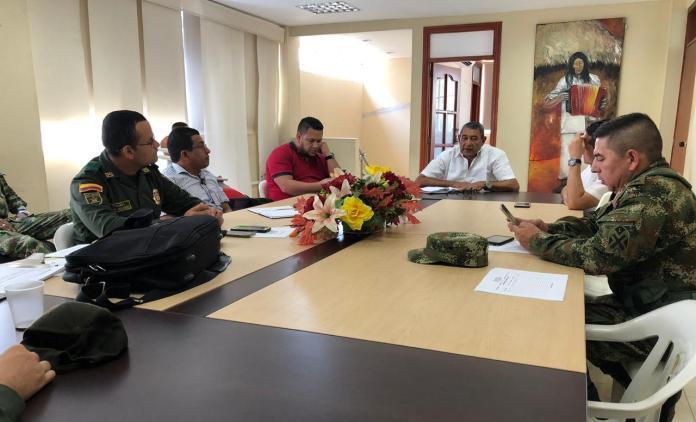 Con motivo de las fiestas patronales y los 318 años de fundado el municipio de San Juan del Cesar, que se celebrarán los días 23 y 24 de junio, las autoridades realizaron un consejo de seguridad, para proteger a los habitantes de los violentos.