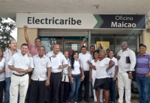 Los presbíteros de diferentes iglesias de Maicao, llevaron el Derecho de Petición a Electricaribe.