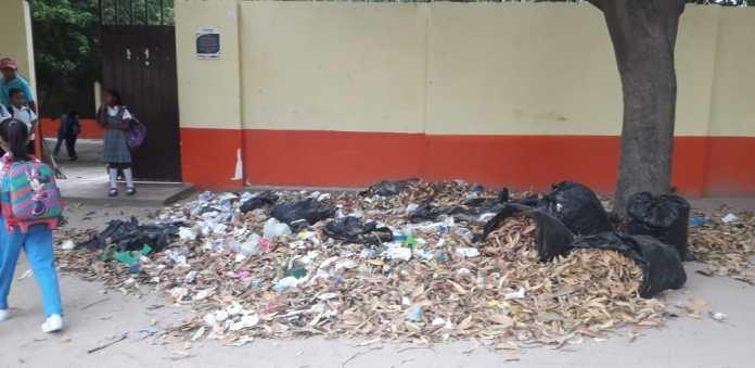 Este es el frente de la entrada de la sede El Carmen, del colegio María Auxiliadora.