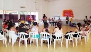 Tres talleres sobre violencia intrafamiliar, violencia sexual y reproductiva, derechos sexuales y reproductivos; dictado por la Referente encargada de la dimensión transversal, gestión diferencial y población vulnerable Marelvis Vega.