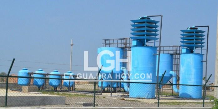Muchos de los pobladores afirman que se perdieron más de 5 mil millones de pesos, porque no utilizan el agua para el objeto que se contrató para su extracción.