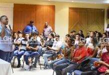 Aldemiro Santo Choles, cuando intervenía ante los estudiantes en Maicao.