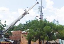 Aspecto de la instalación de postes en el corregimiento de El Hatico, zona rural del municipio de Fonseca.