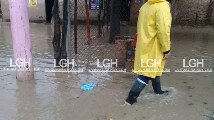 Aspecto de la inundación en el casco urbano del municipio de Fonseca.