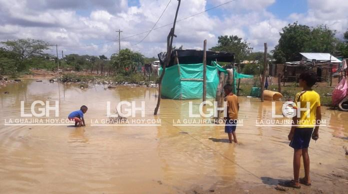 Más de 150 familias se vieron afectadas por las lluvias caídas durante la madrugada de este sábado en la ciudad de Maicao.