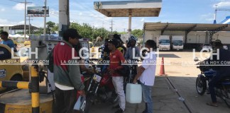 Muchas fueron las estaciones de servicio en Riohacha que tuvieron alteración del orden público porque los usuarios exigían combustible cuando tenían disponible.