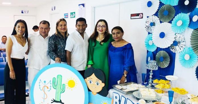 Varias personalidades de la salud se acercaron a la ceremonia de inauguración de la Unidad de Renal.