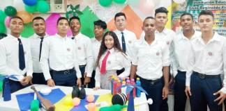 Los estudiantes de once grado del Livio Reginaldo Fischione
