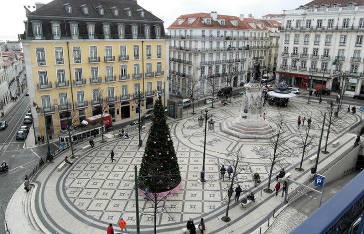 Praça Luís de Camões - La Guía de Lisboa