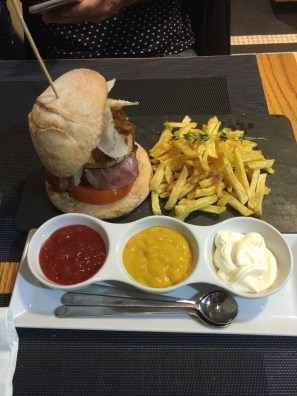 Haburguesa_Cafe_Del Rey