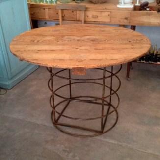 mesa madera forja reciclada muebles hierro pino lavado redonda