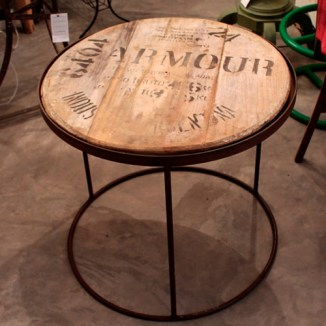 mesita reciclada tapa barril vino barrica madera hierro forja muebles madrid restauracion