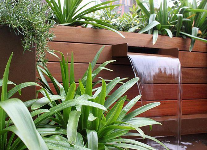 Casos de xito terraza con jard n vertical la habitaci n verde - Fuente terraza ...