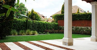Ideas para jardines sin c sped la habitaci n verde for Como decorar un jardin sin cesped