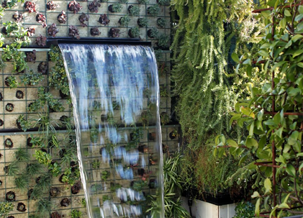 Fuente de cascada para el jardín