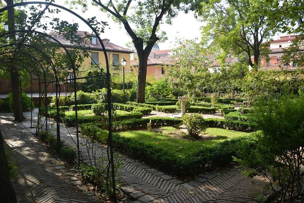 Jardines escondidos en madrid la habitaci n verde for El jardin del principe