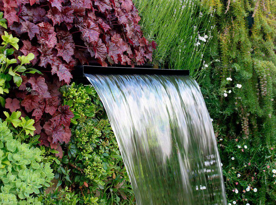 La habitaci n verde fuente para jard n for Fuente cascada agua