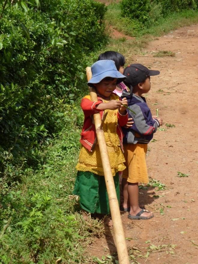 Enfants trek Kalaw - Lac Inle