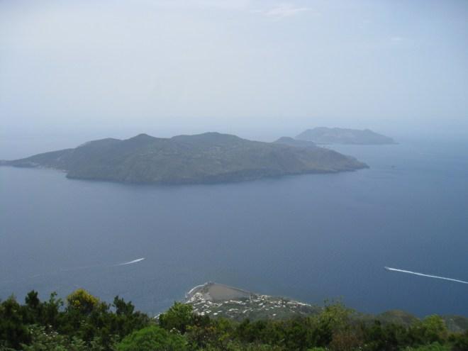 Vue sur Lipari et Vulcano - Salina