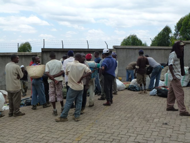 Porteurs à Machame Gate