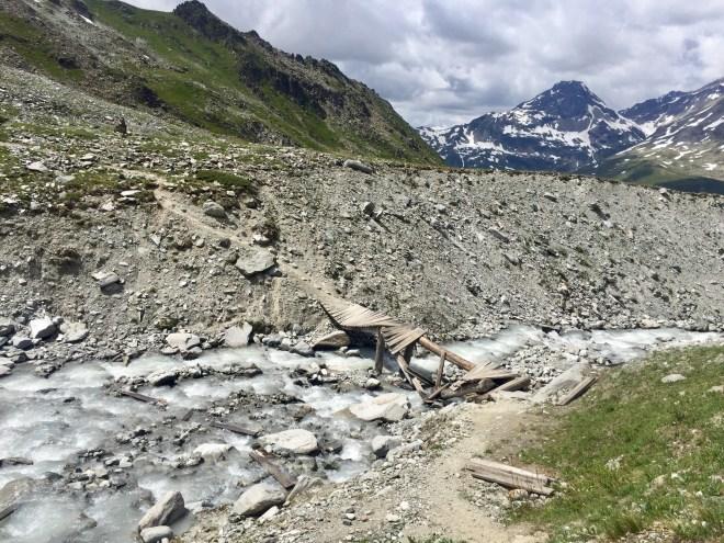 Torrent, refuge Chalet Epée, Tour Archeboc, Tarentaise, Alpes, France