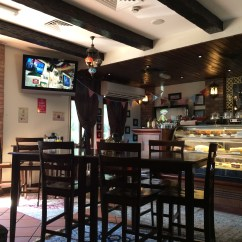Living Room Cafe Abu Dhabi How To Remodel A S Top 5 With Wifi Lahautespot 2014 01 21 12 15 43 The