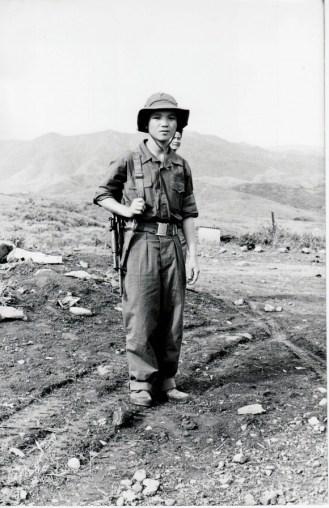 combatiente-vietnamita-1973-580x897
