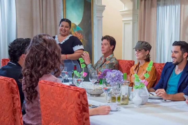 Fotos de Muchacha Italiana Viene a Casarse