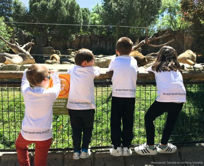 #nosmovemorporlaNF en el zoo. Asociación Solidaria La Hora Violeta.jpg