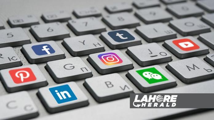 US social media companies