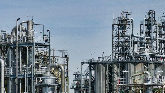 oil refinery texas