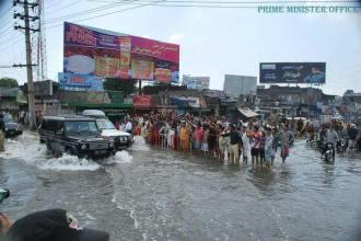 PM Nawaz Sharif visited flood & rain affected areas of Sialkot