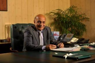 Dr. Mujahid Kamran