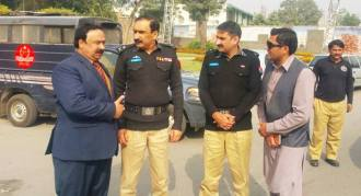 amin-vains-ccpo-lhr-visited-excise-holdup-at-liberty