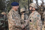COAS General Qamar Javed Bajwa visits LoC