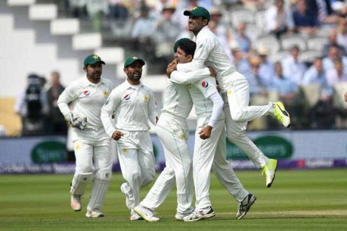 Pakistan wins Lords Test by 9 wickets