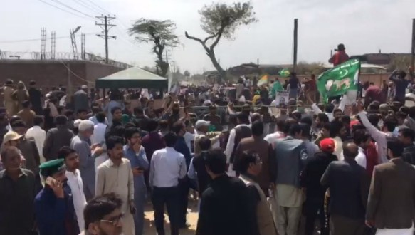 PML-N workers express solidarity with Quaid Nawaz Sharif