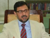 Commissioner Lahore suspends CFO Sarfraz Arshad on corruption charges