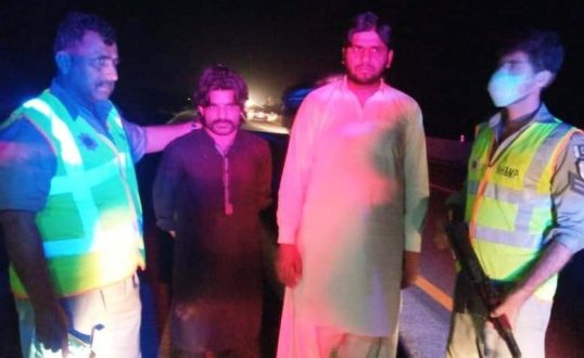 Motorway Police arrest 2 kidnappers , free a girl