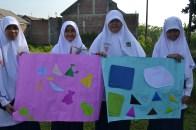 Kelompok Rara, Dhea, Nadya, Gina | Mading 2 Dimensi
