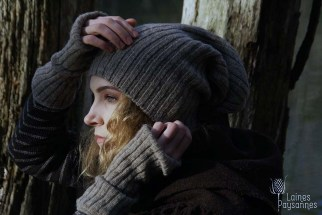 Laines Paysannes bonnet et mitaines grises en laines locales