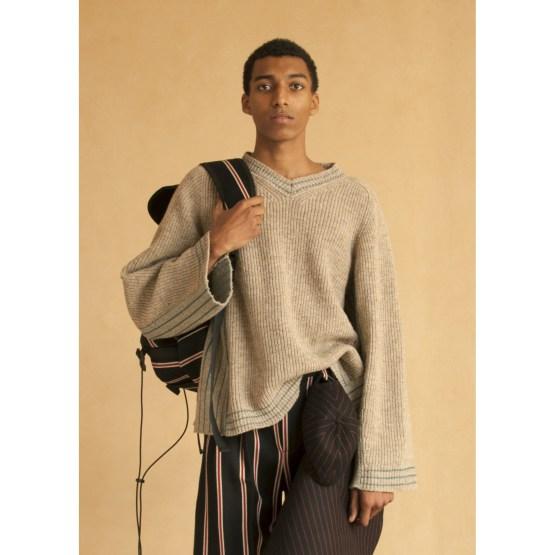 Pull col v homme pure laine française