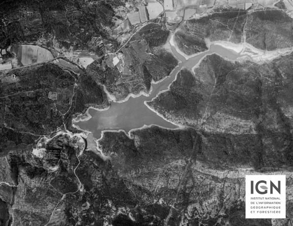 1958 - Le barrage est plein !