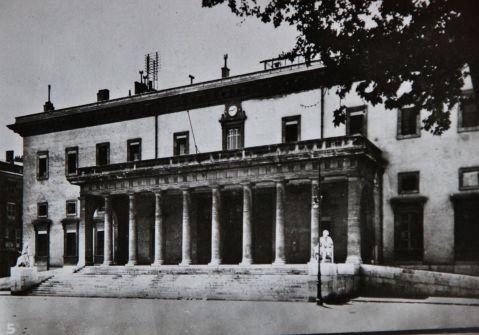 Aix-1942-05