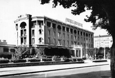 Grand-hotel-roi-rene-aix-02