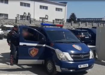 Dhunë ndaj ish-gruas dhe kalim i paligjshëm i kufirit/ Prangosen 2 të rinj në Shkodër